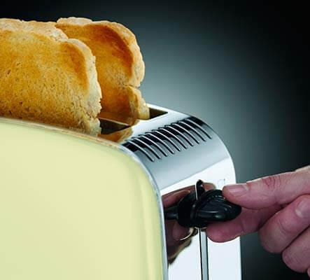 Mejor tostadora de pan barata Russell Hobbs 23334 56