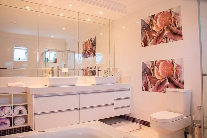 Post de Ideas de decoración para el hogar con baños con línea recta
