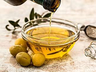 Trucos de belleza con aceite de oliva cover